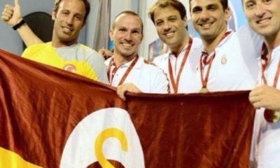 Galatasaray'lı eski milli yüzücüden büyük ayıp! Genç meslektaşına omuz attı