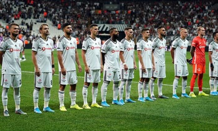 """Beşiktaş'ta yıldız futbolcular """"FEDA"""" odasına"""