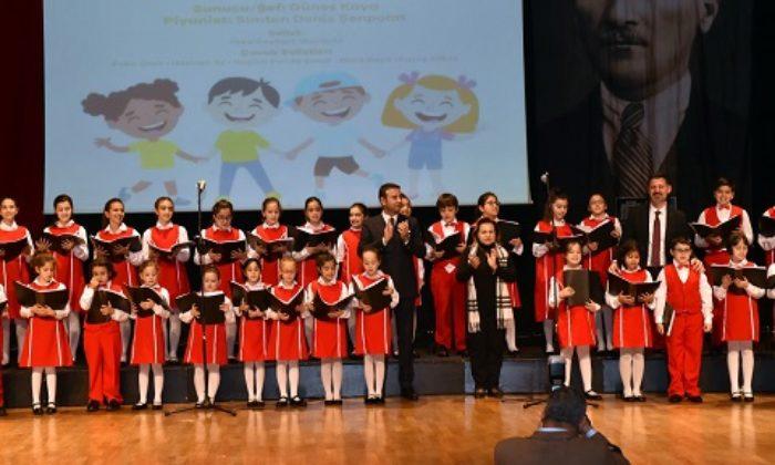 Beşiktaş çocuk korosu büyüledi