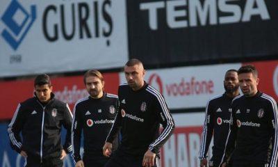 Beşiktaş'ın kaptanları ortak kararı yönetime iletti