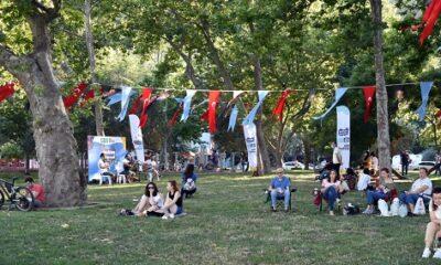Beşiktaş'ın parklarında sahne sanatları
