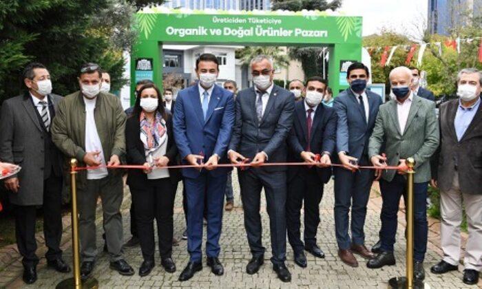 Beşiktaş'ta organik pazar ve doğal ürünler pazarı açıldı