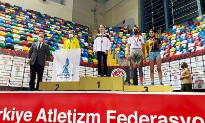 İstanbul Salon Şampiyonası'nda 11 derece