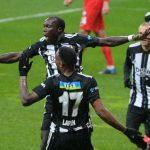 Vincent Aboubakar suskunluğunu bozdu, Beşiktaş'ı zirveye taşıdı