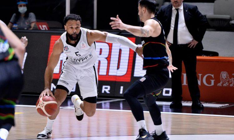 Beşiktaş Icrypex, son saniye üçlüğüyle kazandı!