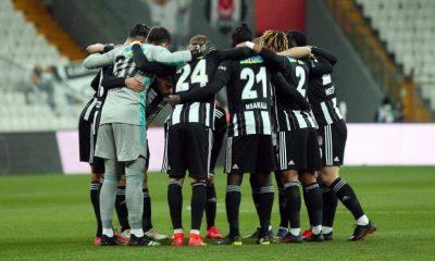 """Beşiktaş'ta futbolculara """"Evden çıkmayın"""" uyarısı"""