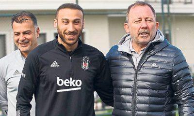 Cenk Tosun Beşiktaş'a bonservisiyle dönüyor!
