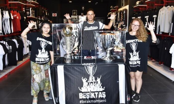 Beşiktaş'ın kupaları Bodrum'da